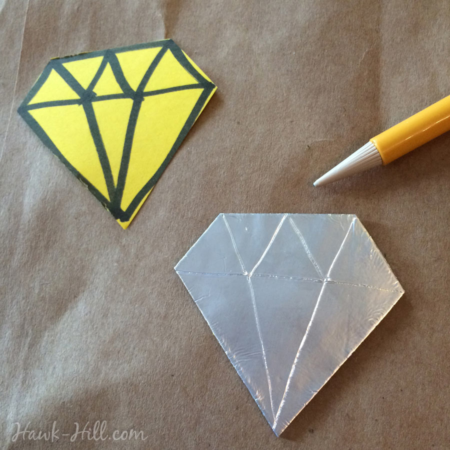 how to make custom shaped metal accents with aluminum foil 16