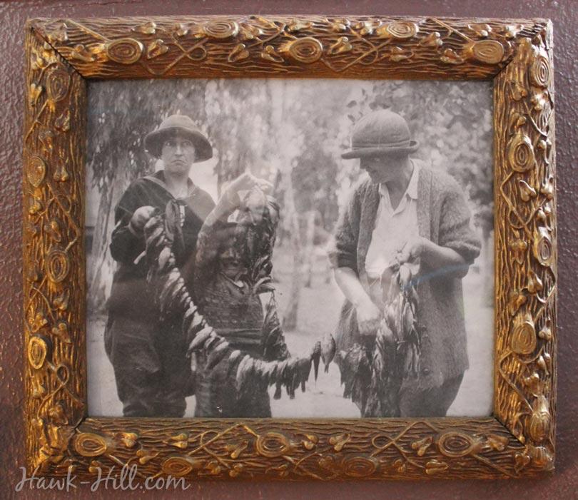 hh_gold_frame_antiqued_61
