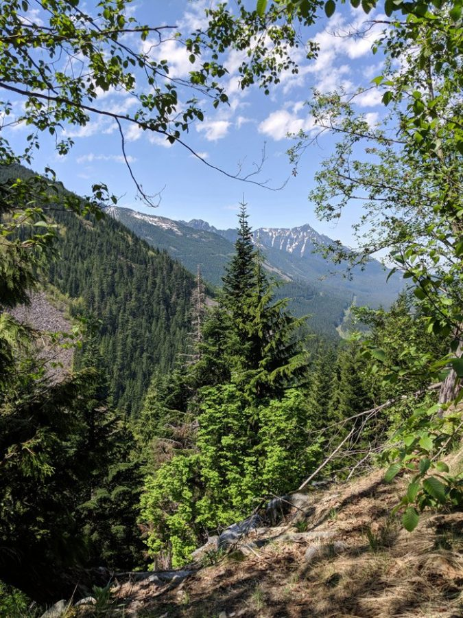 Seattle day trip - quartz crystal digging in the Cascade mountains
