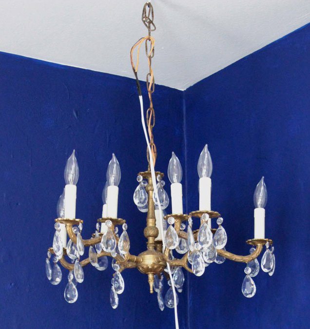 chandelier wiring mounted