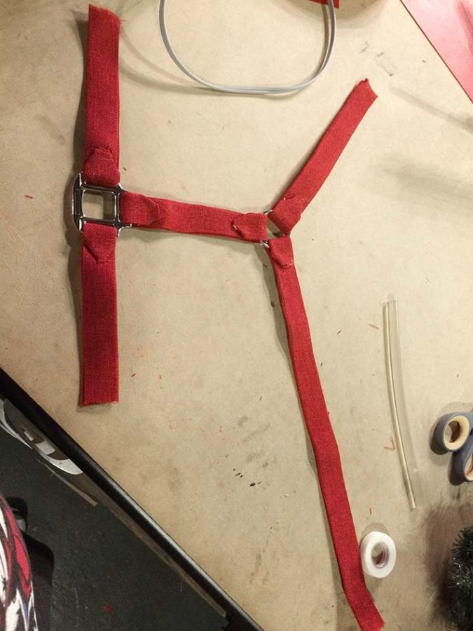 A faux horse halter to decorate my horse wreath
