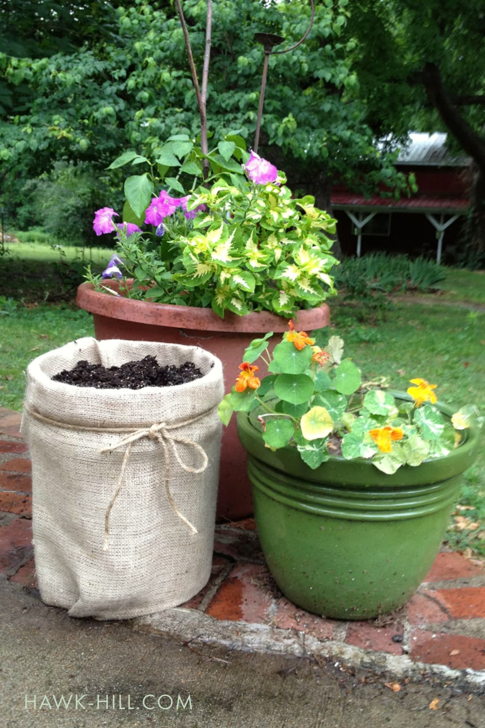 Turn A 5 Gallon Bucket Into A Burlap Planter For Pennies Hawk Hill