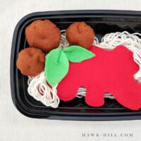 felt spaghetti and meatballs free pattern and tutorial