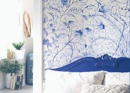 Tips for creating a temporary dynamic accent wall in a rental home or apartment