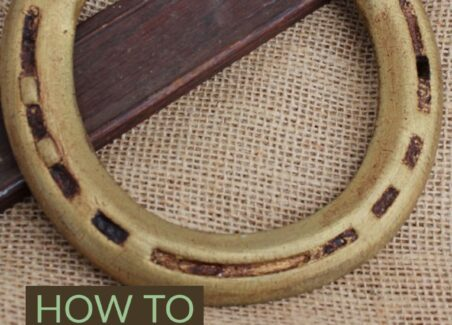 How to mount and hang horse shoes