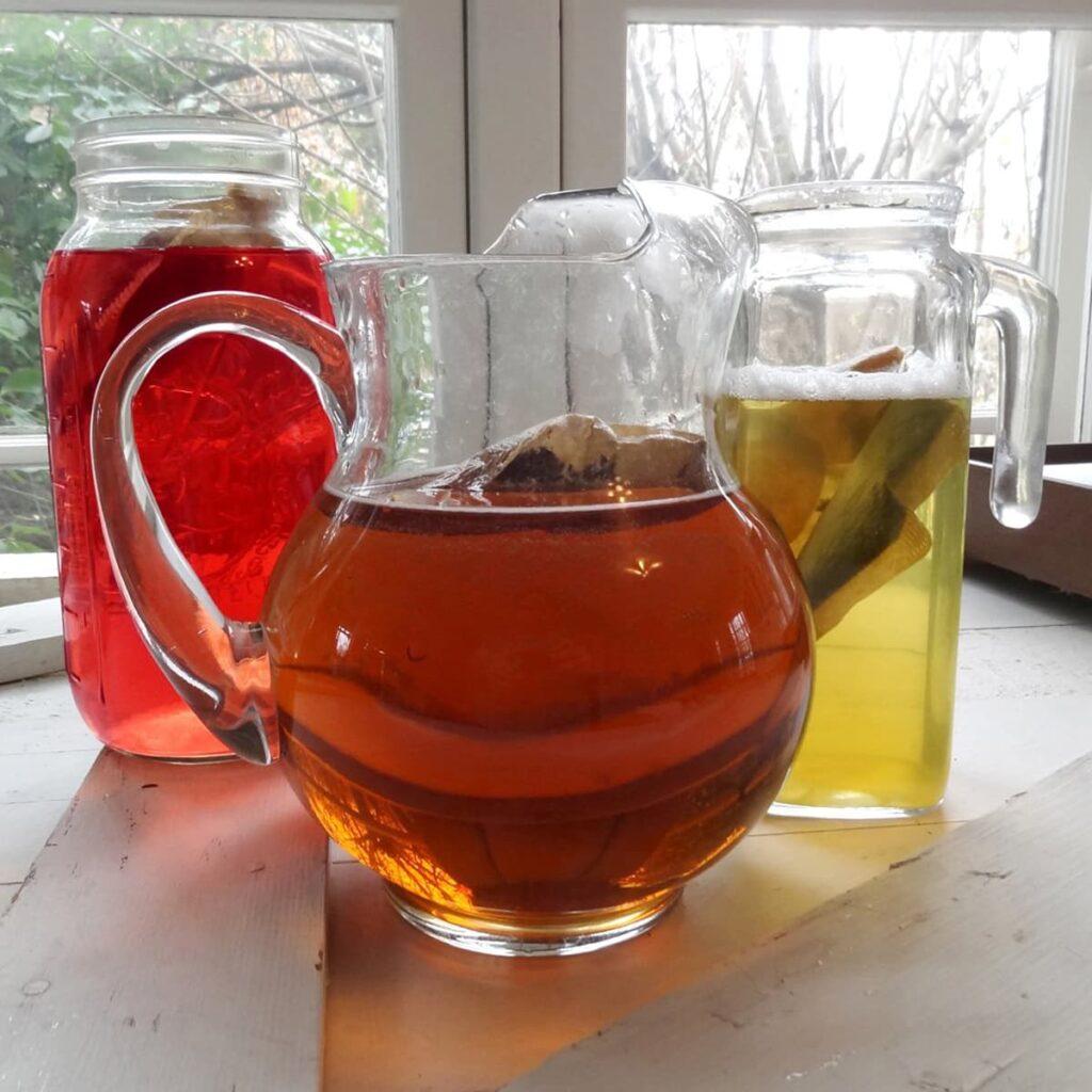 Iced teas and iced herbal teas