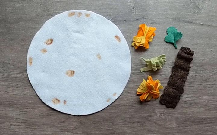 How to make a felt flour tortilla for felt tacos and burritos